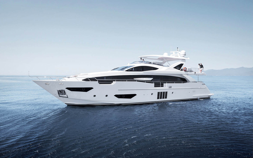 Unmistakably Azimut.