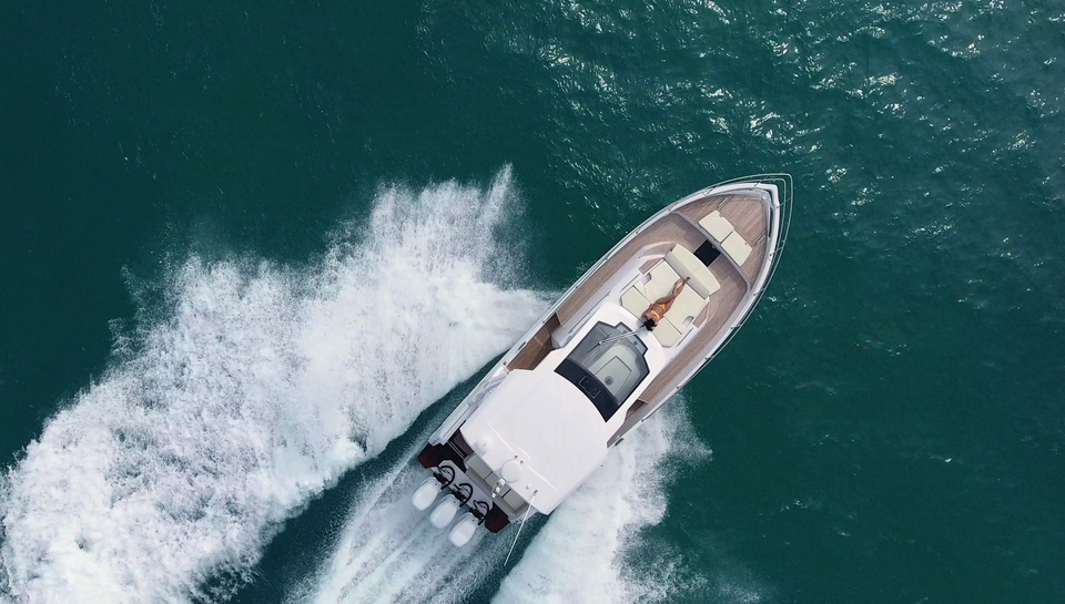 Up to 44 knots
